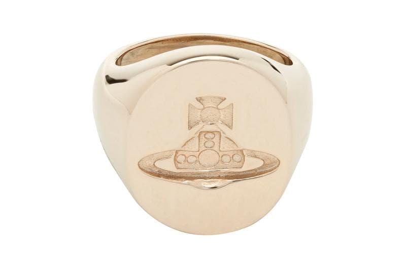 Vivienne Westwood 推出標誌性寶石星球(Orb)純銀戒指