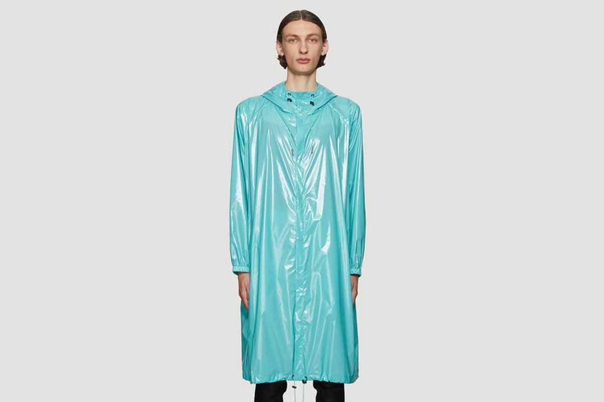 本日嚴選 8 款雨衣/防風外套入手推介
