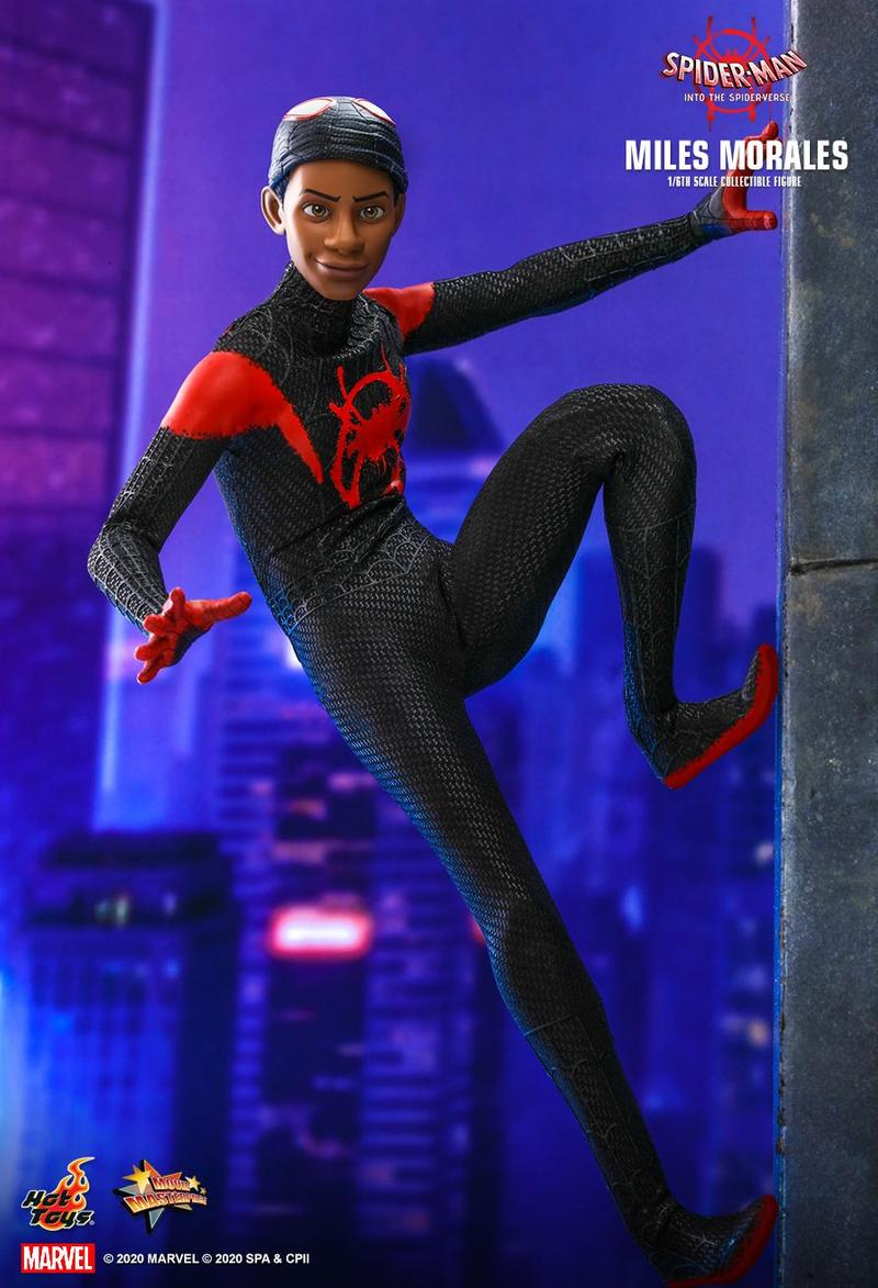 Hot Toys 推出《蜘蛛俠:跳入蜘蛛宇宙》主角 Miles Morales 1:6 尺寸人偶