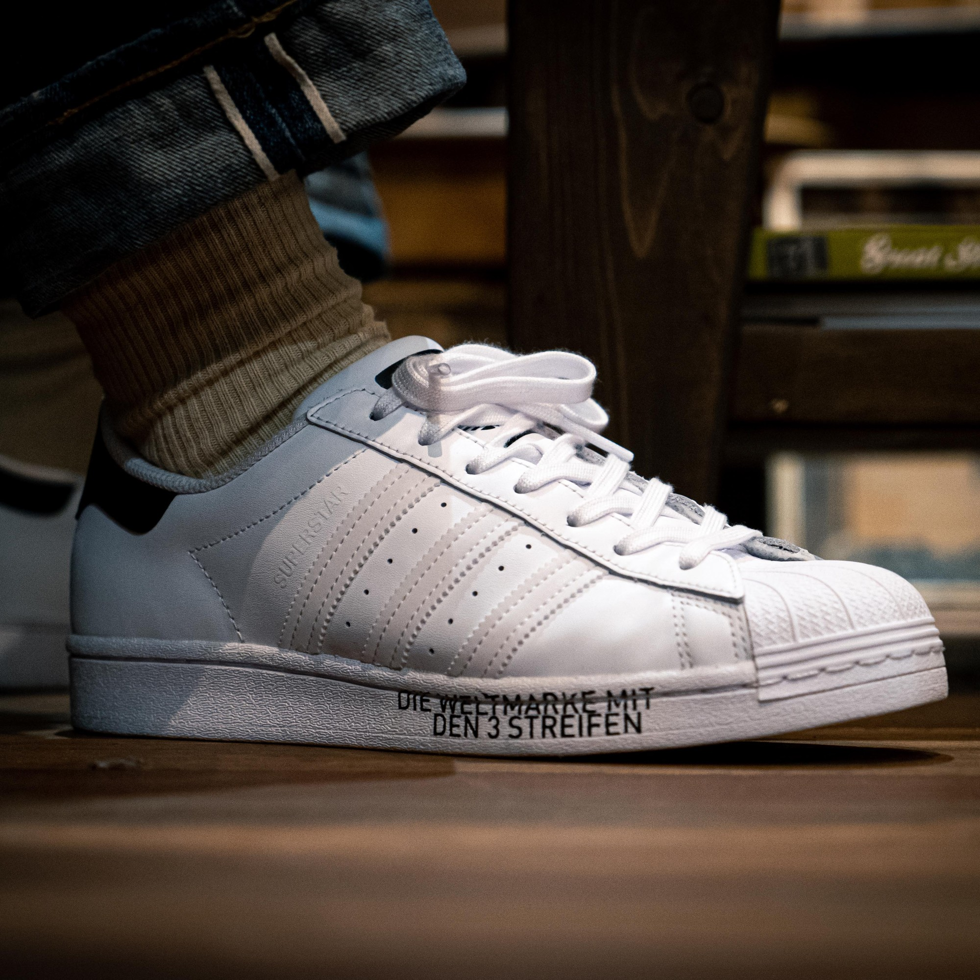 從 adidas Originals Superstar 看球鞋時尚文化的形成|BUYER'S GUIDE