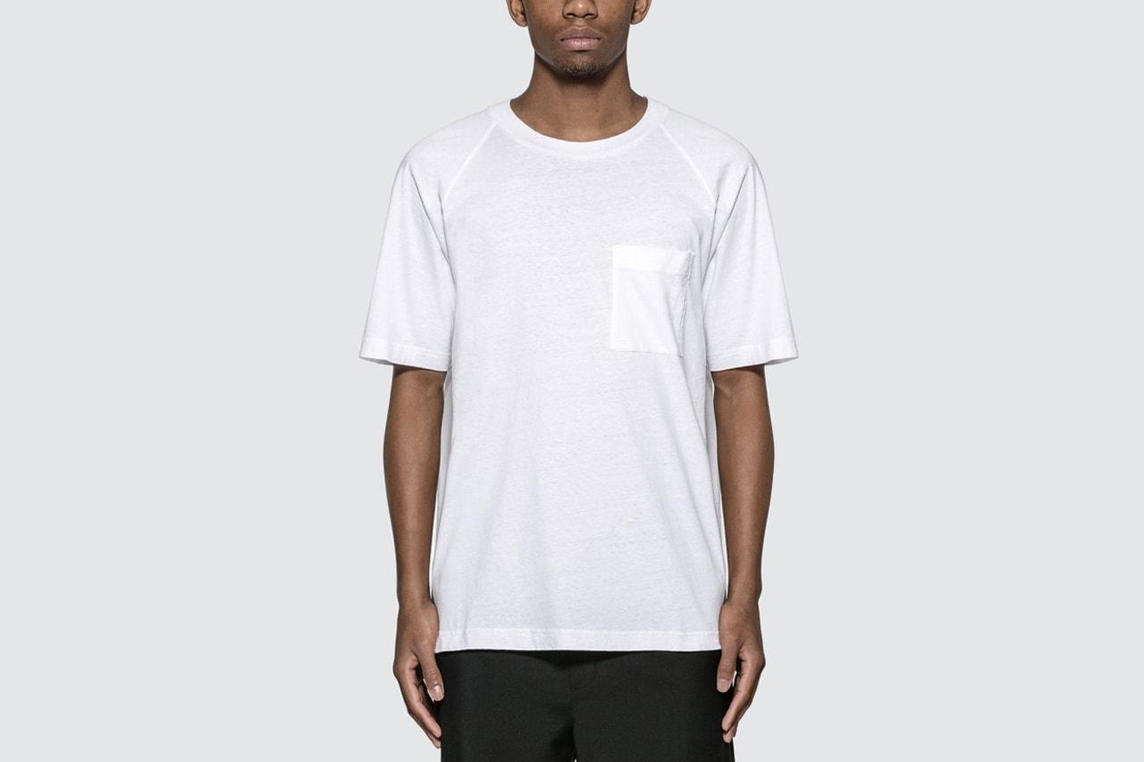 簡約外的小層次!本日嚴選 8 件口袋 T 恤入手推介