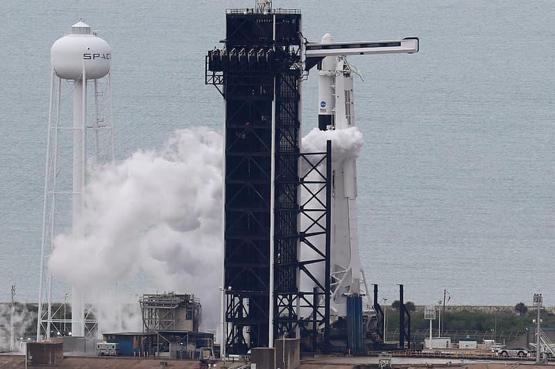 SpaceX 首次載人任務發射未果
