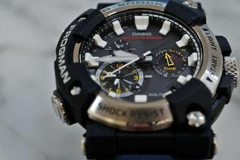 Picture of HYPEBEAST 近賞 G-Shock 首款指針版 Frogman 手錶
