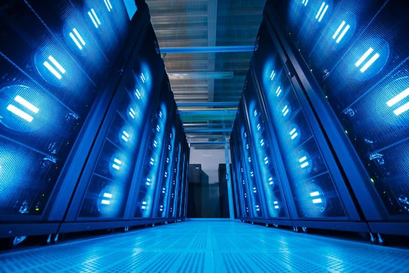 日本全新超級電腦「富岳」勇奪全世界性能最佳超級電腦榜首