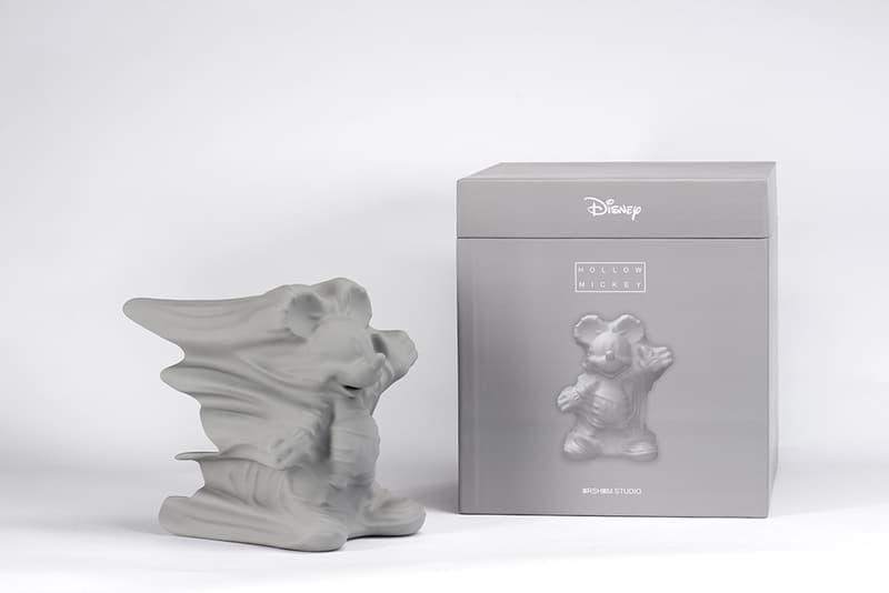 Daniel Arsham 續乘 Disney 和 APPortfolio 推出灰色「Hollow Mickey」雕塑
