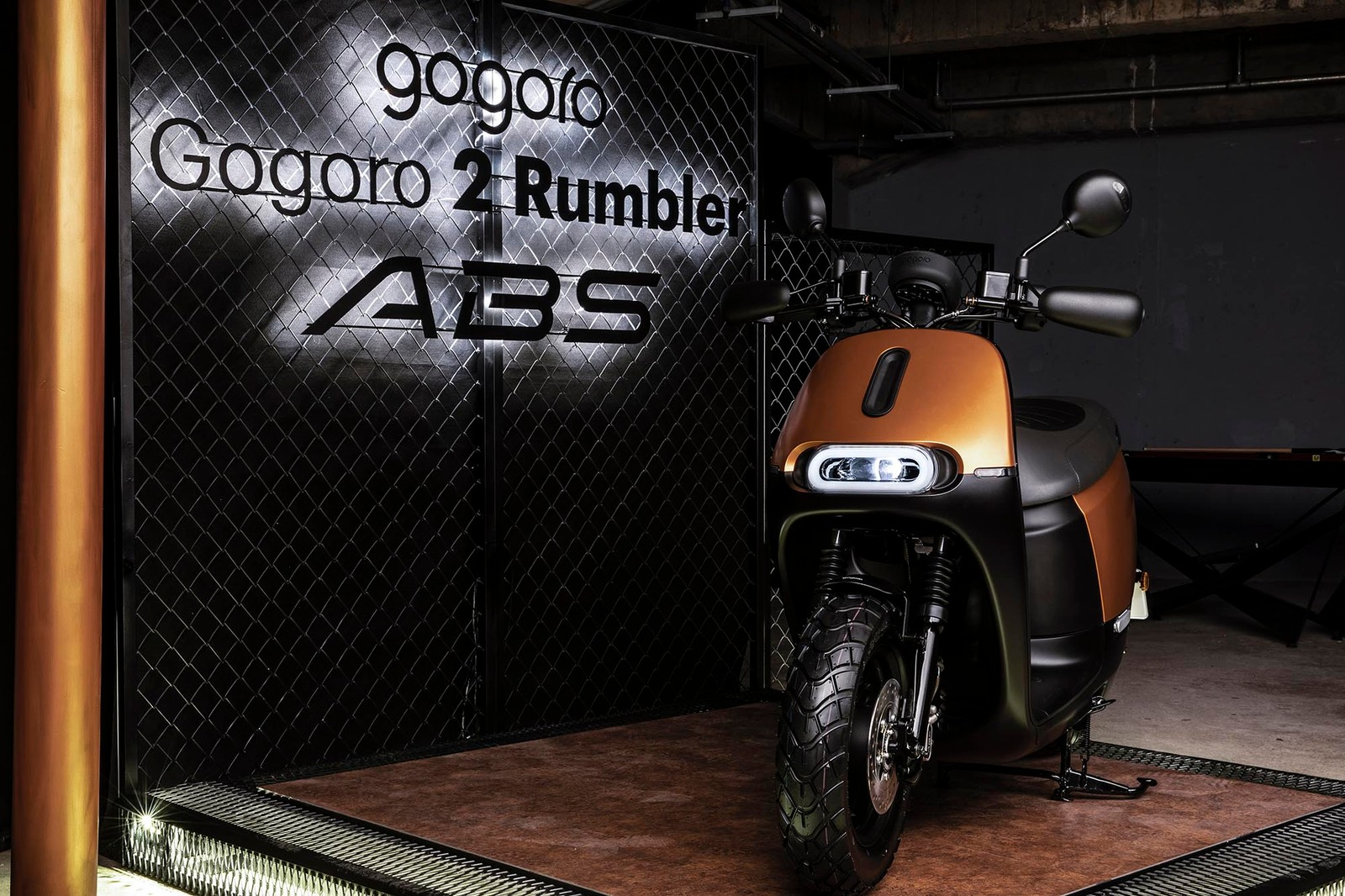走進 Gogoro BAR Rumbler 美式狂野街頭風酒吧