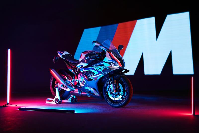 BMW Motorrad 正式發表首款 M 系車型 M 1000 RR