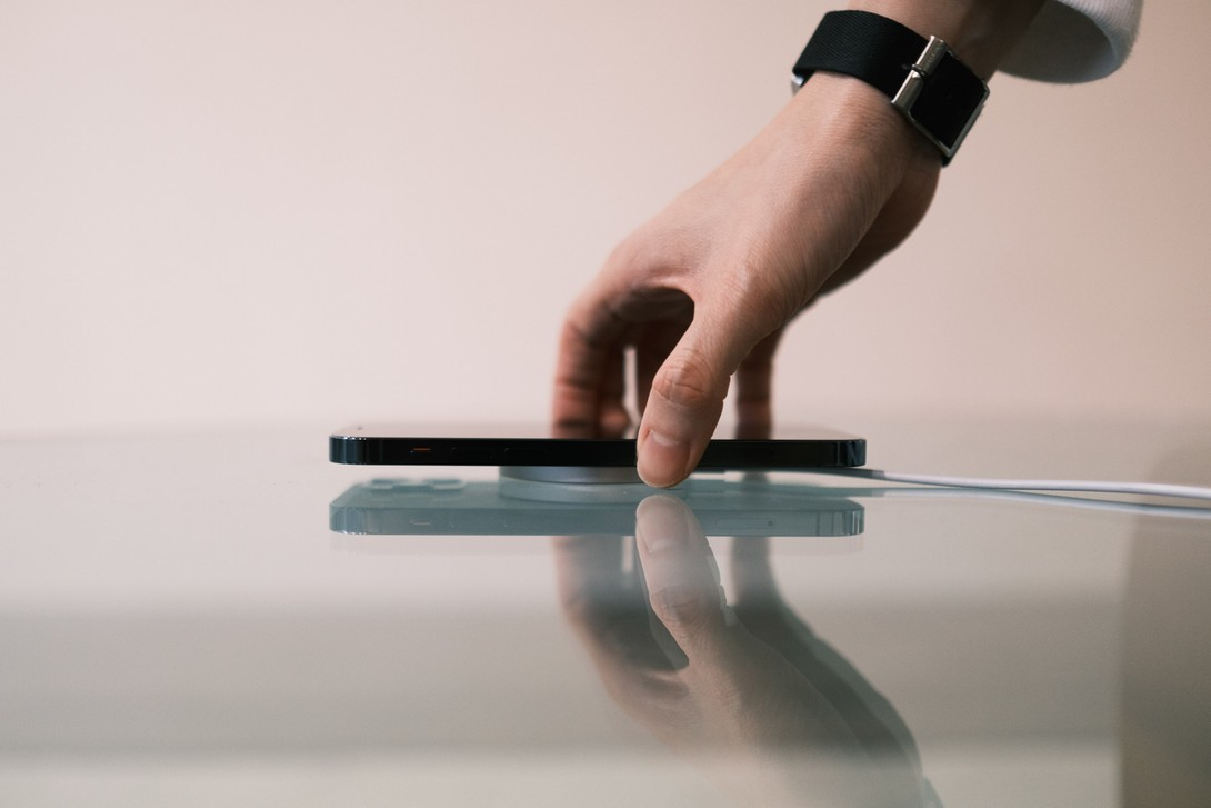 iPhone 12 系列訂購額遠超 iPhone 11!盤點本週大熱上架單品