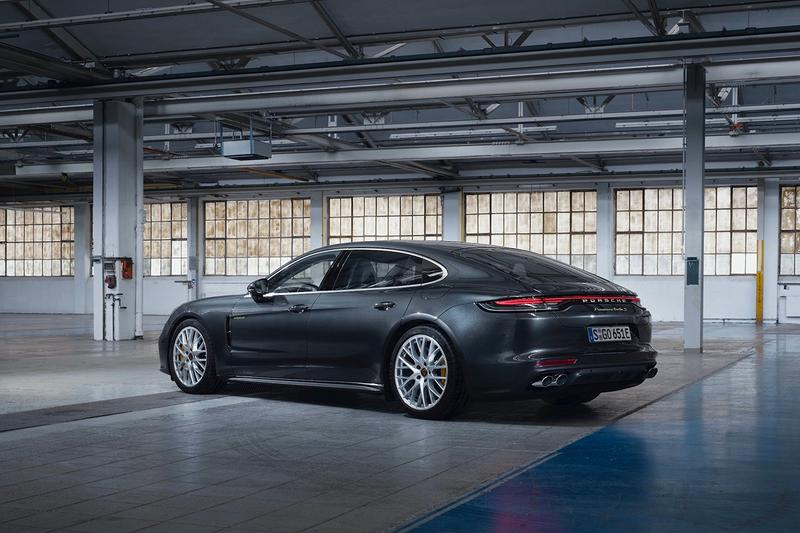 Porsche 正式發表全新 Panamera Turbo S E-Hybrid 車款