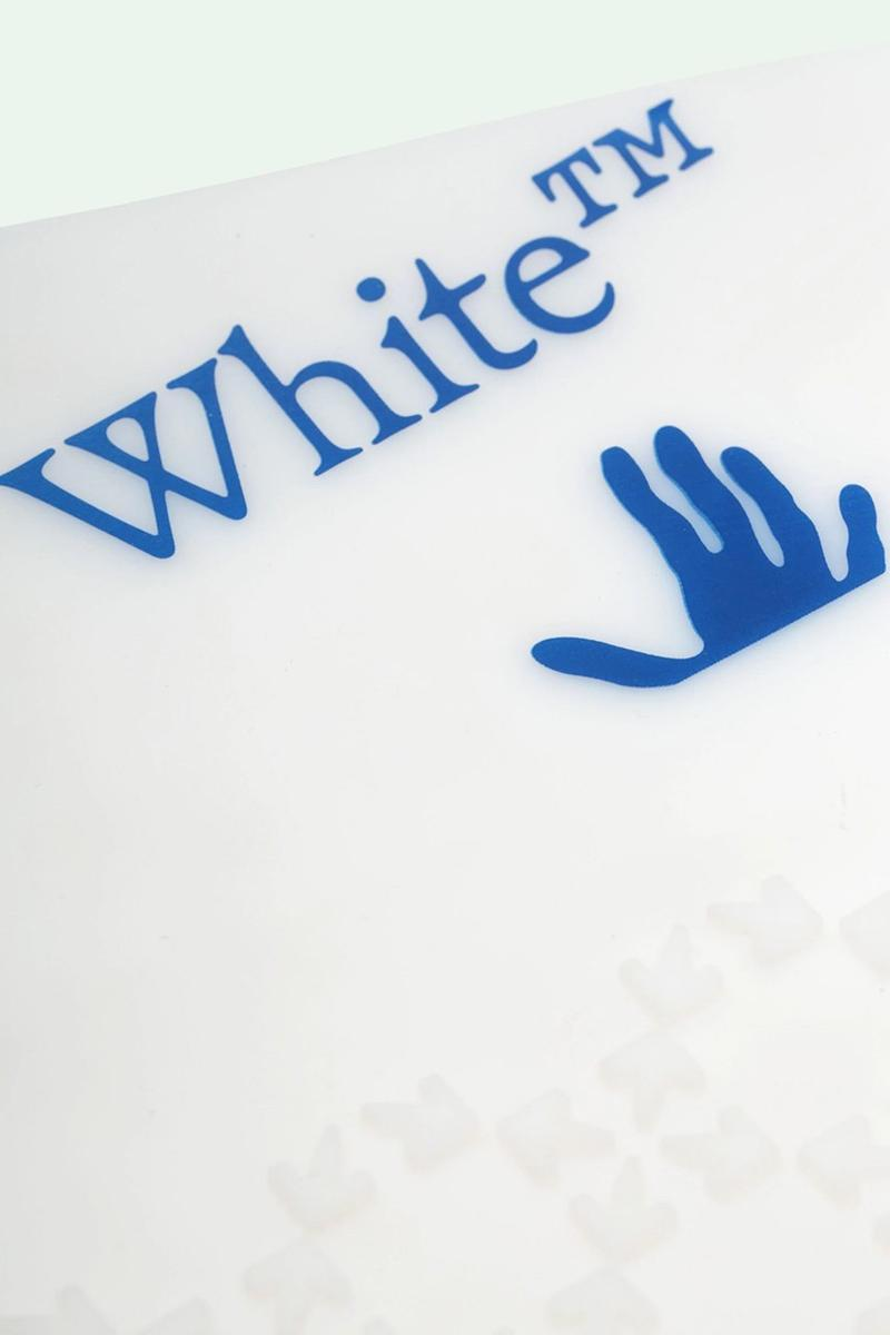 Off-White™ 推出品牌 Logo 設計矽膠鞋套