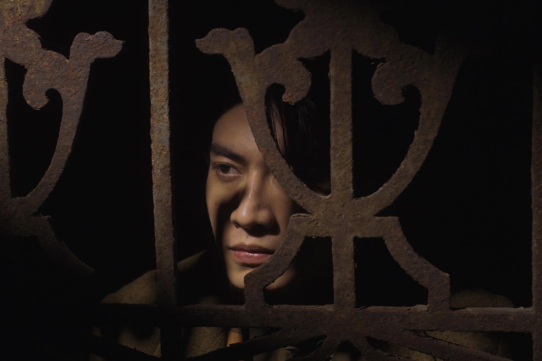 HYPEBEAST 獨家專訪新生代創作歌手宋柏緯分享最新單曲《雲的距離》ft. 吳獻 Osean