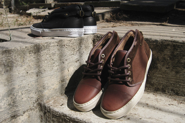 low priced f3c81 55d68 Vans Vault Leather Chukka Buckleback LX