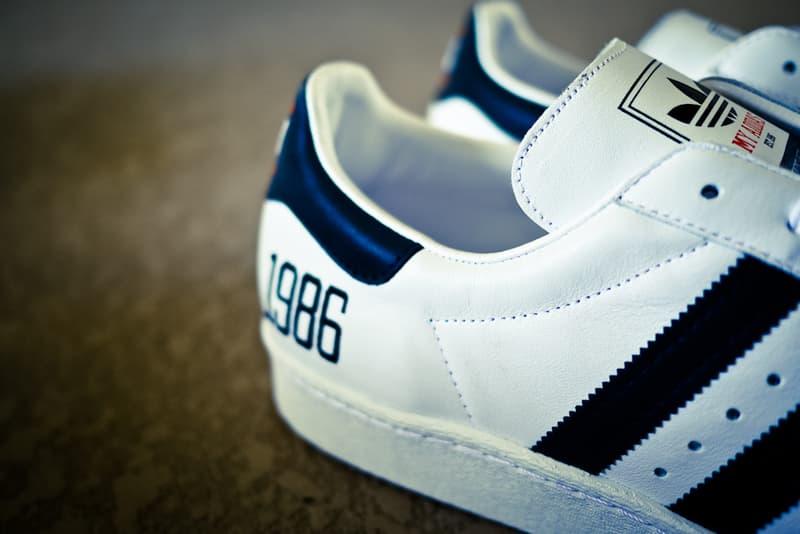 timeless design aebc2 c46e8 Run DMC x adidas Originals