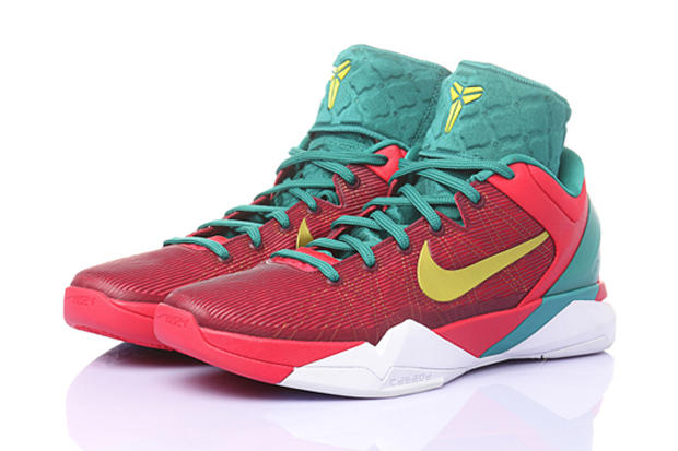 """ce3dc46a9ae1 Nike introduces a full-fledged dragon-inspired collection as part of the  2012 """"Year of the Dragon"""". 1 of 4"""