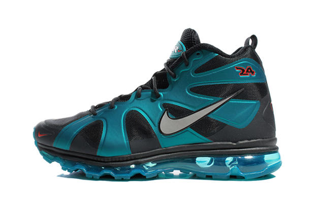 "meet 2d40c b3cb4 The Nike Air Max Griffey Fury ""Fresh Water"" is an homage to the Air Diamond  Fury, a shoe Junior"
