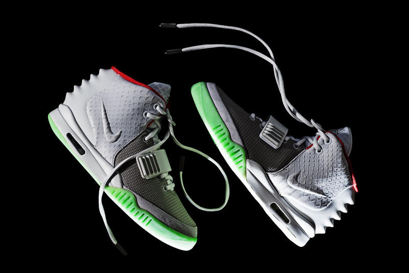 0620e15f02d40 Nike Air Yeezy 2 Wolf Grey Pure Platinum