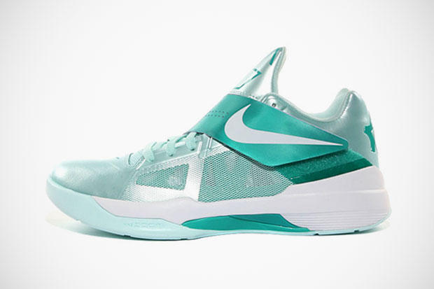 "0939bafe732a Further images have surfaced of the Nike Zoom KD IV ""Mint Candy"" colorway  of Kevin Durant s"