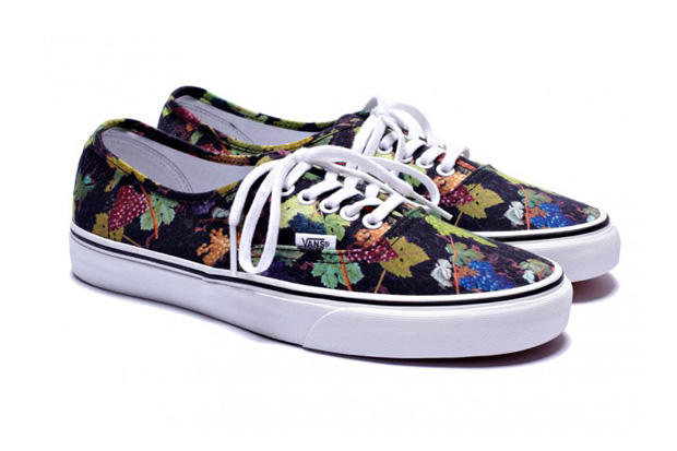cf502d8acd Yet another collaborative effort from Kenzo and Vans emerges