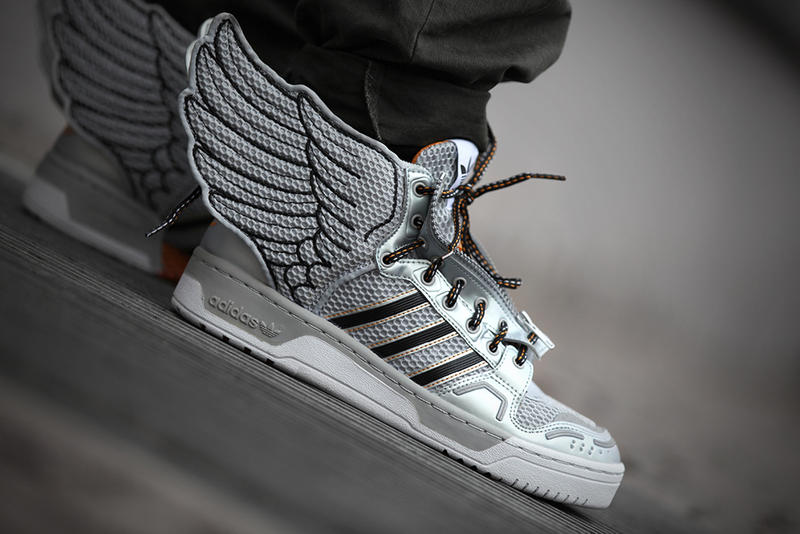484aa17496a4 adidas Originals by Jeremy Scott JS Wings 2.0 Metallic Silver ...
