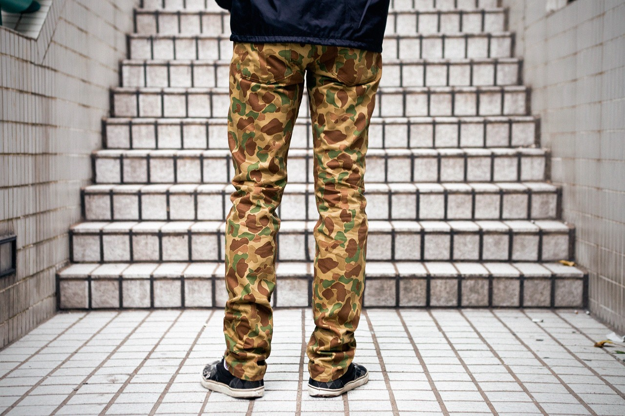 Authentic Men/'s Naked and Famous Weird Guy Double Sided Camo