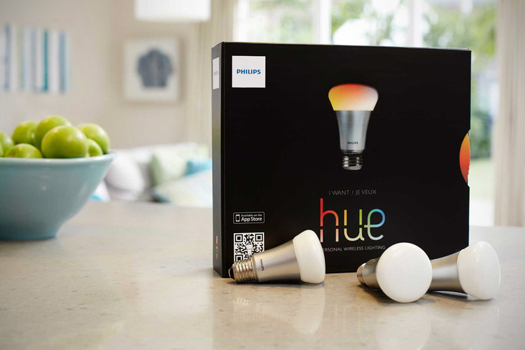 sneakers for cheap e6095 1c594 The Philips Hue Light Bulb Gives Complete Control Over Home Lighting