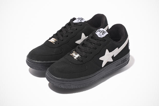 2ef55225ab6 In conjunction with Black Friday, A Bathing Ape has unveiled two new pairs  of new black and white