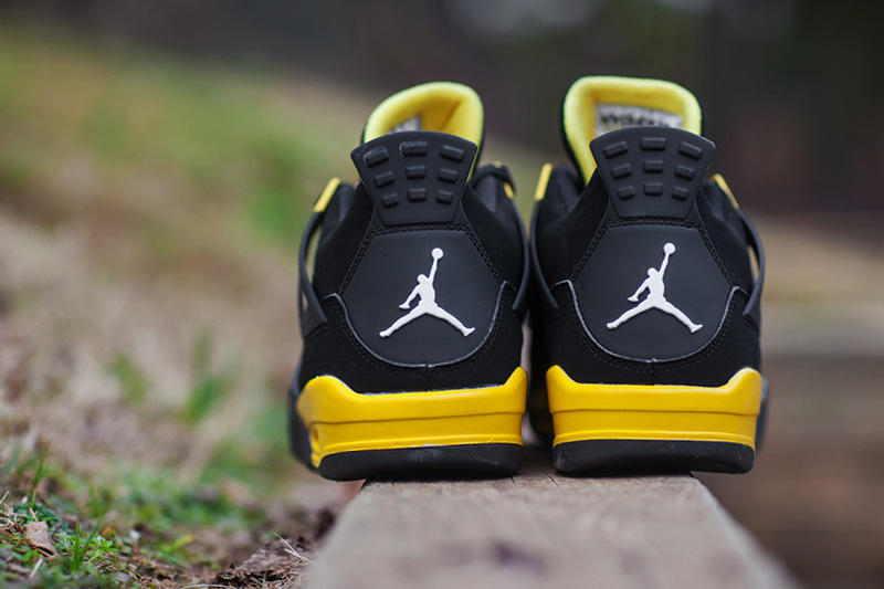 sneakers for cheap 51276 2f6ce Air Jordan IV 2012