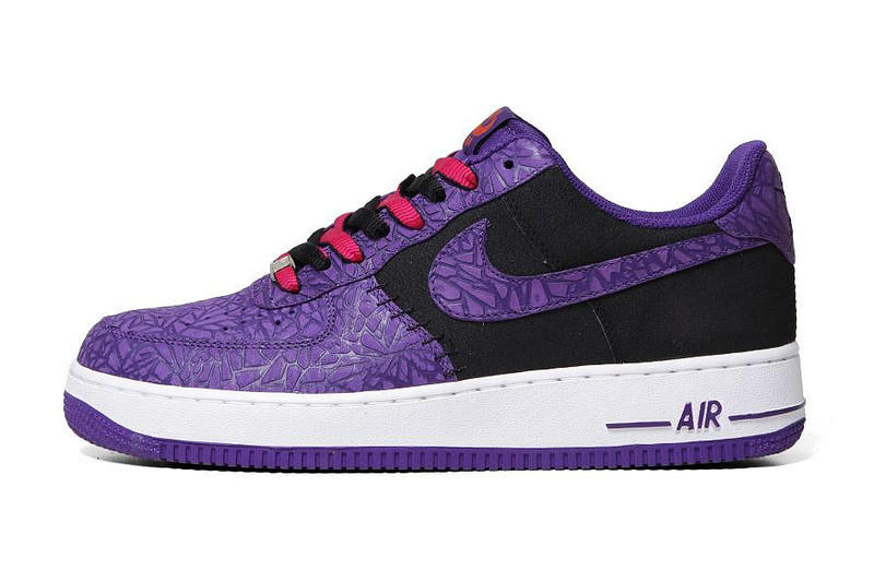 huge discount 52c91 4c7ff Nike Air Force 1 LE