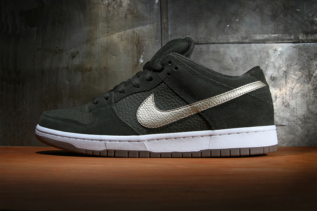 Nike SB Dunk Low Pro Sequoia/Metallic