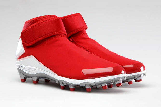 373206a81 Michael Crabtree recently unveiled his football cleats inspired by the Air  Jordan XX8s. At first