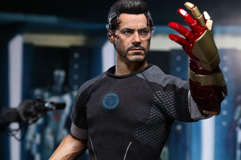 Hot Toys Iron Man 3 Tony Stark Limited Edition Collectible