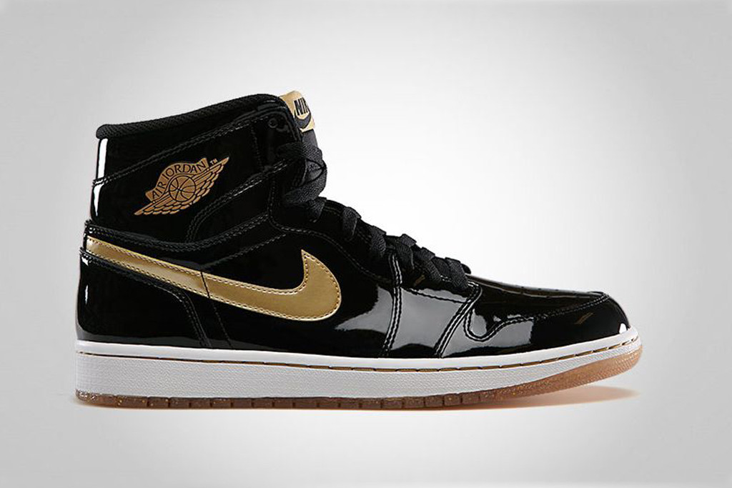aj1 black and gold