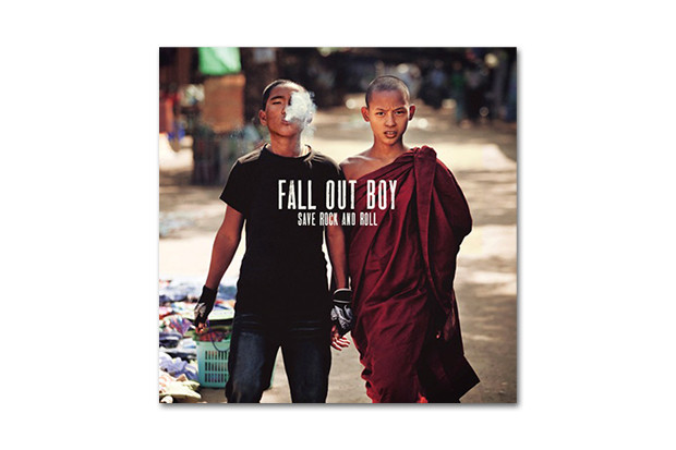 Fall Out Boy – My Songs Know What You Did In The Dark (Light