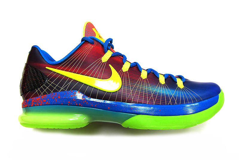 """Nike has unveiled a new """"Elite Youth Basketball League"""" colorway for Kevin  Durant s newest efe63136d5"""