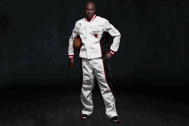 5861fd956434 ENTERBAY s Michael Jordan 1 6 Scale