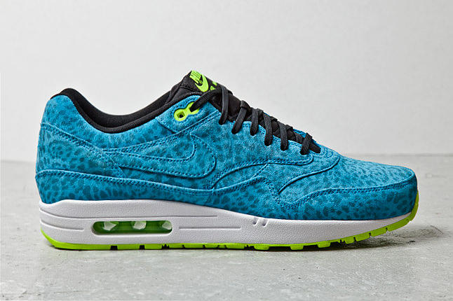 newest 43c66 9f4b5 Having previously previewed Nike s 2013 spring summer Air Max 1 FB Pack  here, today we received
