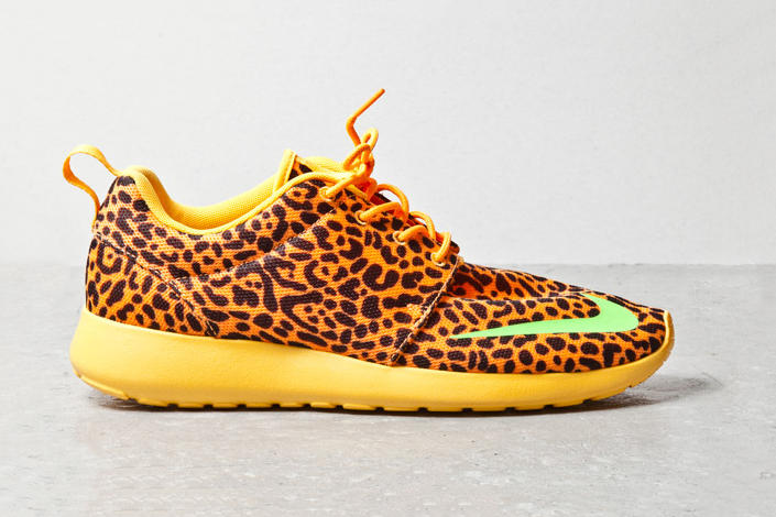 "d8756b39832b Nike Roshe Run FB ""Orange Leopard"""
