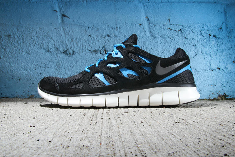 promo code 15f74 b09df Though the Nike Free Run+ 2 has been seen recently sporting woven and other  lifestyle-focused