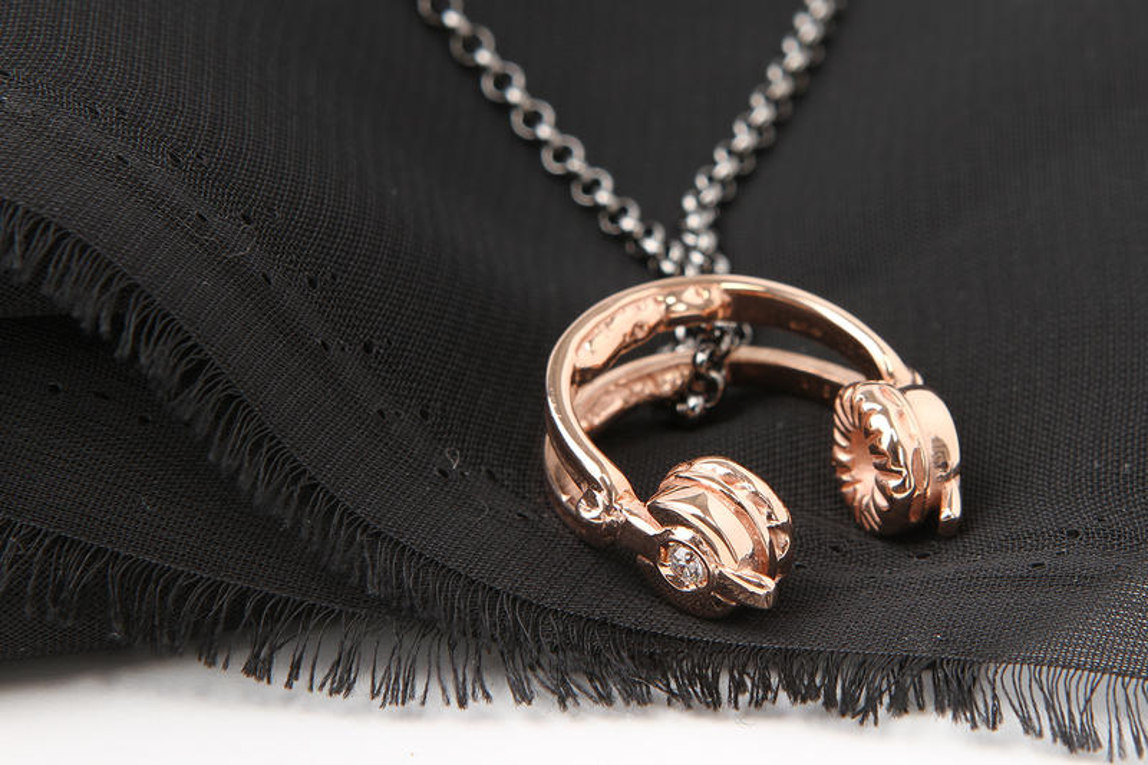 Manuel Bozzi for LUISAVIAROMA Jewelry Collection