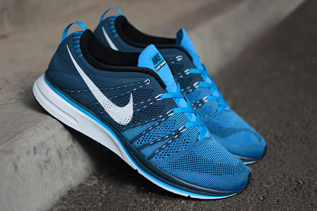 Nike Flyknit Trainer+ Squadron Blue/White-Blue Glow