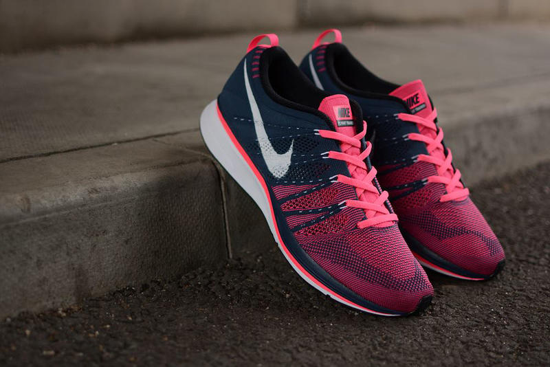 90eb22d1f755 Nike Flyknit Trainer+ Squadron Blue White-Pink Flash