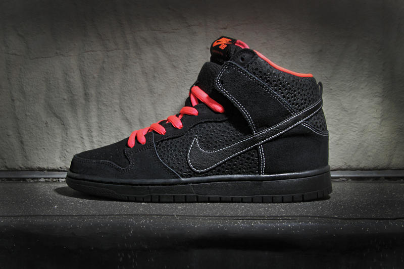 nice shoes 4dc44 bb0a2 Nike SB Dunk High Pro Black/Atomic Red | HYPEBEAST