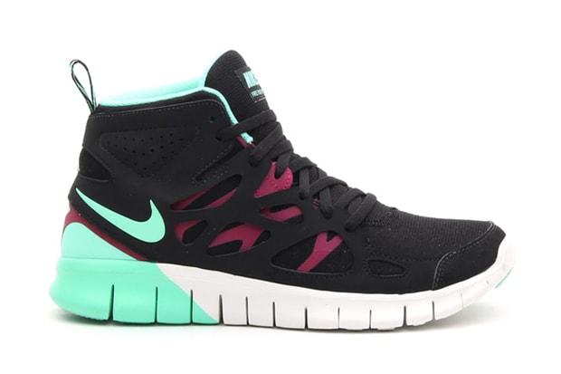 official photos 2d562 9d2ff Nike WMNS Free Run 2 Mid