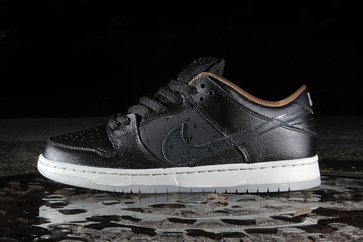 Nike SB Dunk Low QS \
