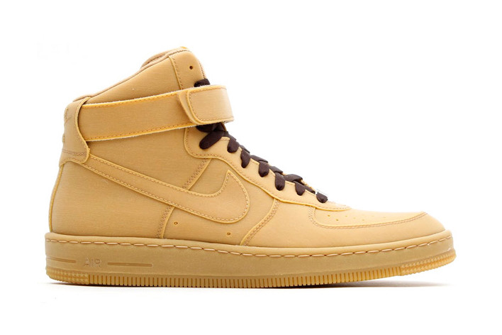 huge selection of 8d73f 9290d Nike Air Force 1 Downtown Hi Gum QS