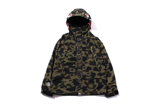 624dd9cc46c A Bathing Ape has reworked its hooded shark print onto a classic snowboard  jacket for the chilly