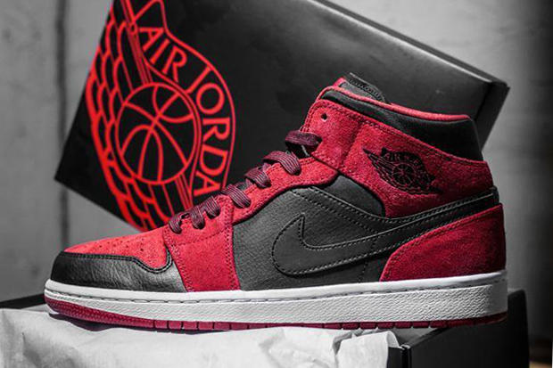 "purchase cheap 09a9a 43798 Set to drop early 2014 is this mid-cut take on the classic Air Jordan 1 "" Banned"" colorway. This"