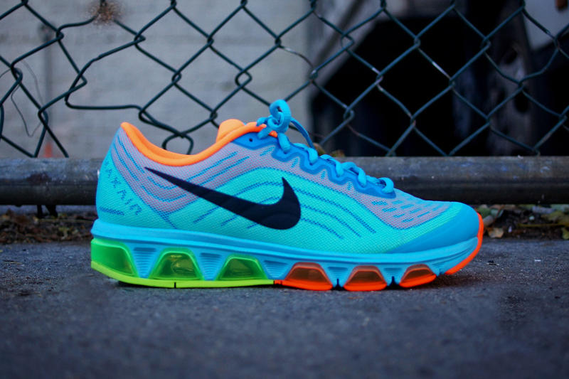 detailed look 66ef4 b6feb Nike Air Max Tailwind 6