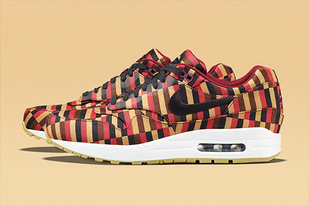 classic fit a4438 a5984 Roundel by London Underground x Nike Air Max Collection ...