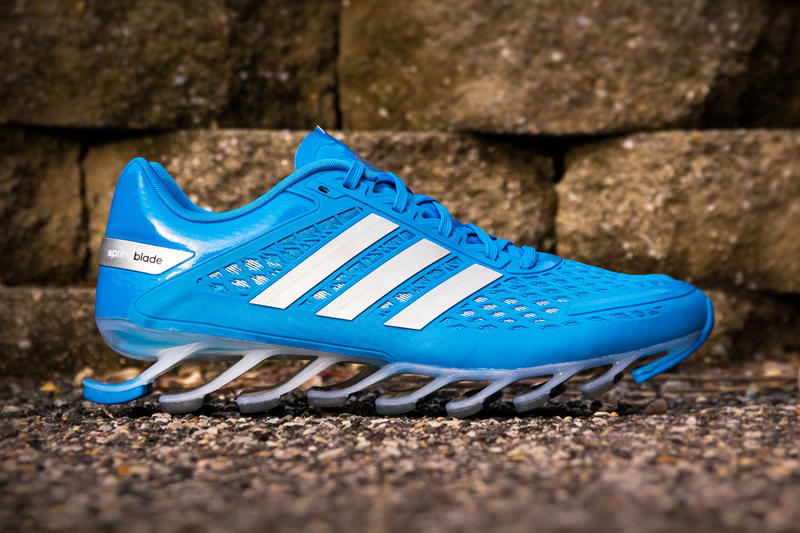 huge selection of 584d7 b7a86 adidas Springblade Razor Solid Blue & Black/Silver/Red ...